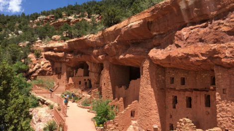 Top Places for Families of All Ages to Visit in Colorado Springs